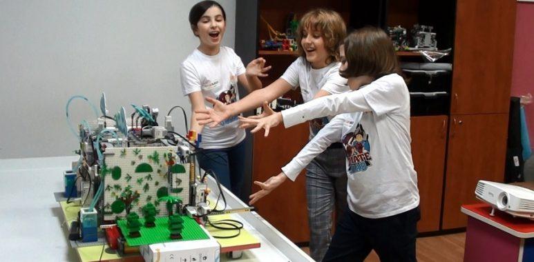 Concurs robotică